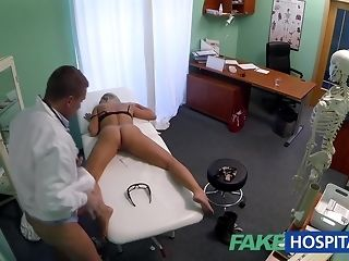 Regimen ash-blonde stunner gets finger poked by kinky medic sex tube
