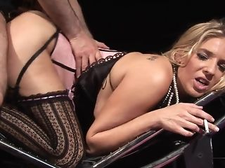 Jordan takes pulsating manmeat deep inwards her clandestinely coochie unorthodox sex
