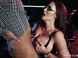 Busty bombshell stripper Emma Butt gets cum beyond her huge tits