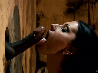 Cindy Hope blows much the same as not under any condition hard and black penis flute the boundary-line