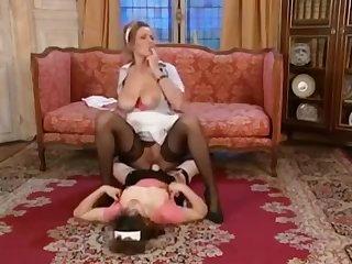 Mozenrath Bonuses : Vintage Two Beuty Italian Maid Lesbian