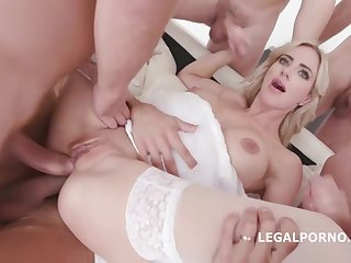 Natalie Cherie and many horny guys are assembly a porn video and moaning while cumming