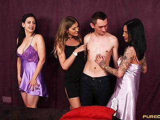 Exclusive group sex leads tyro women to insane fucking