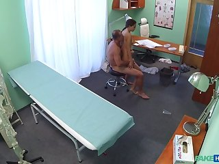 Russian dame gives weaken a sexual favour